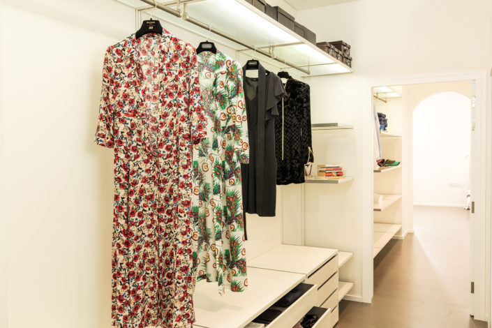 Executed Project, Dubai, Jumeirah, Interlübke wardrobe, German brand, small space maximum storage, open wardrobe, Magrudy
