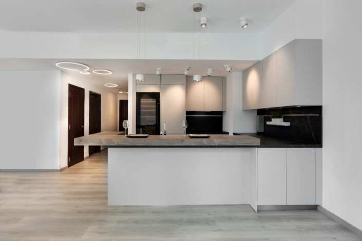 NS The Greens Apartment Kitchen, Lighting & flooring Project by Goettling Interiors