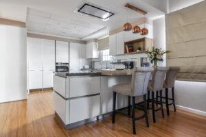 KB Jumeirah Village Triangle Villa Kitchen by Goettling Interiors