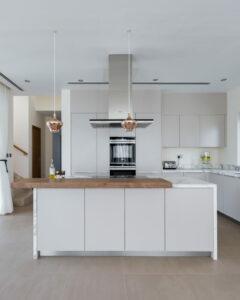 ZA Dubai Hills Sidra 1 Kitchen Project by Goettling Interiors