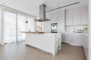 ZA Dubai Hills Sidra 1 Kitchen Project by Goettling Interiors