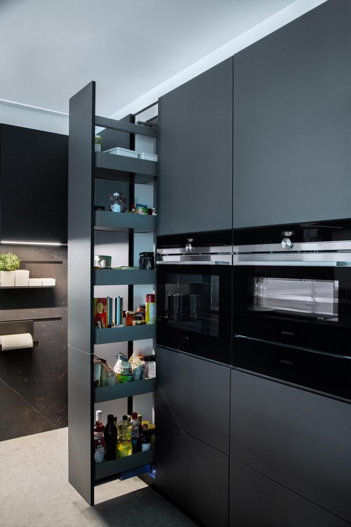 MM Dubai Marina Apartment Kitchen Project by Goettling Interiors